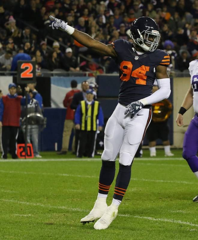 Young Leads Bears' Defenders Floyd Chicago