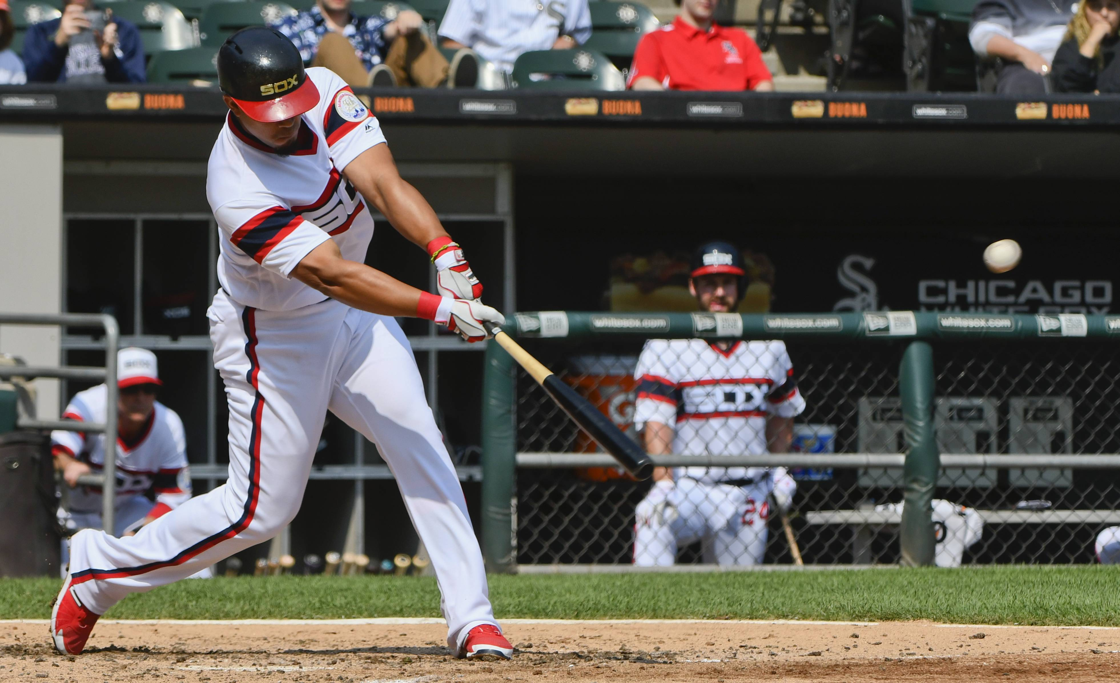 Abreu follows cycle with pair of HRs for Chicago White Sox