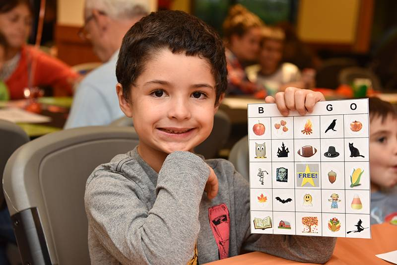 The annual Family & Bingo Pizza Night, presented by Schaumburg Bank and Trust, is fun for the whole family. Schaumburg Park District