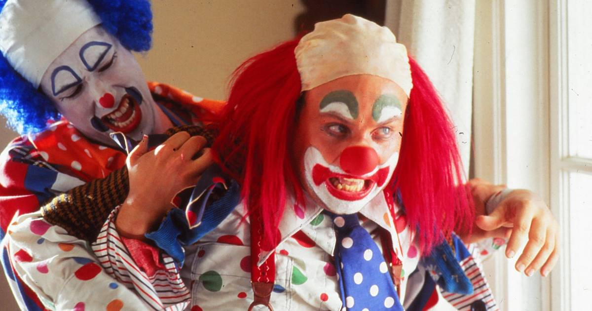 5 Weird And Creepy Movie Clowns With The It Factor