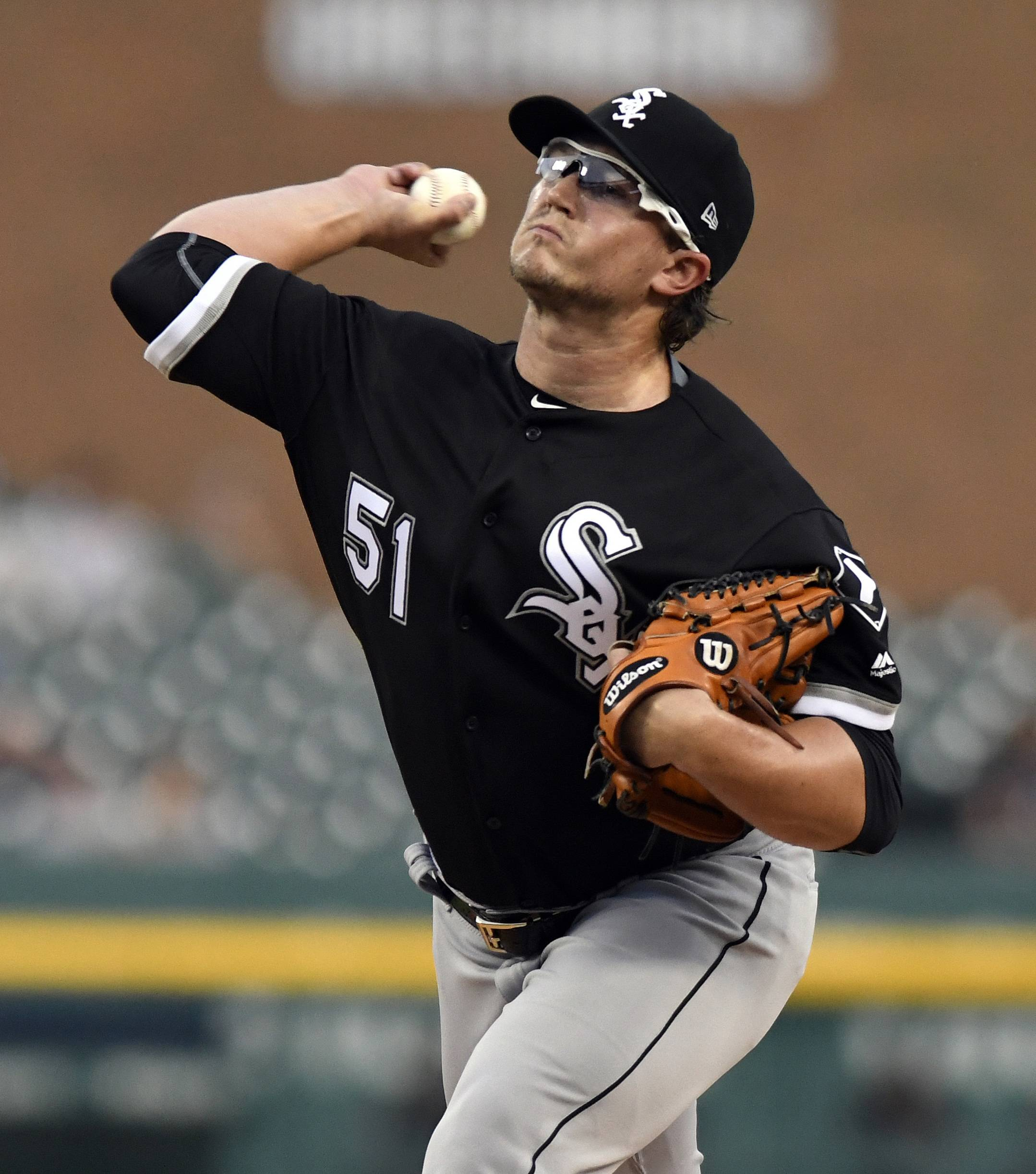 Chicago White Sox starting pitcher Carson Fulmer delivers against the Detroit Tigers during the first inning of a baseball game, Friday, Sept. 15, 2017, in Detroit. (AP Photo/Jose Juarez)