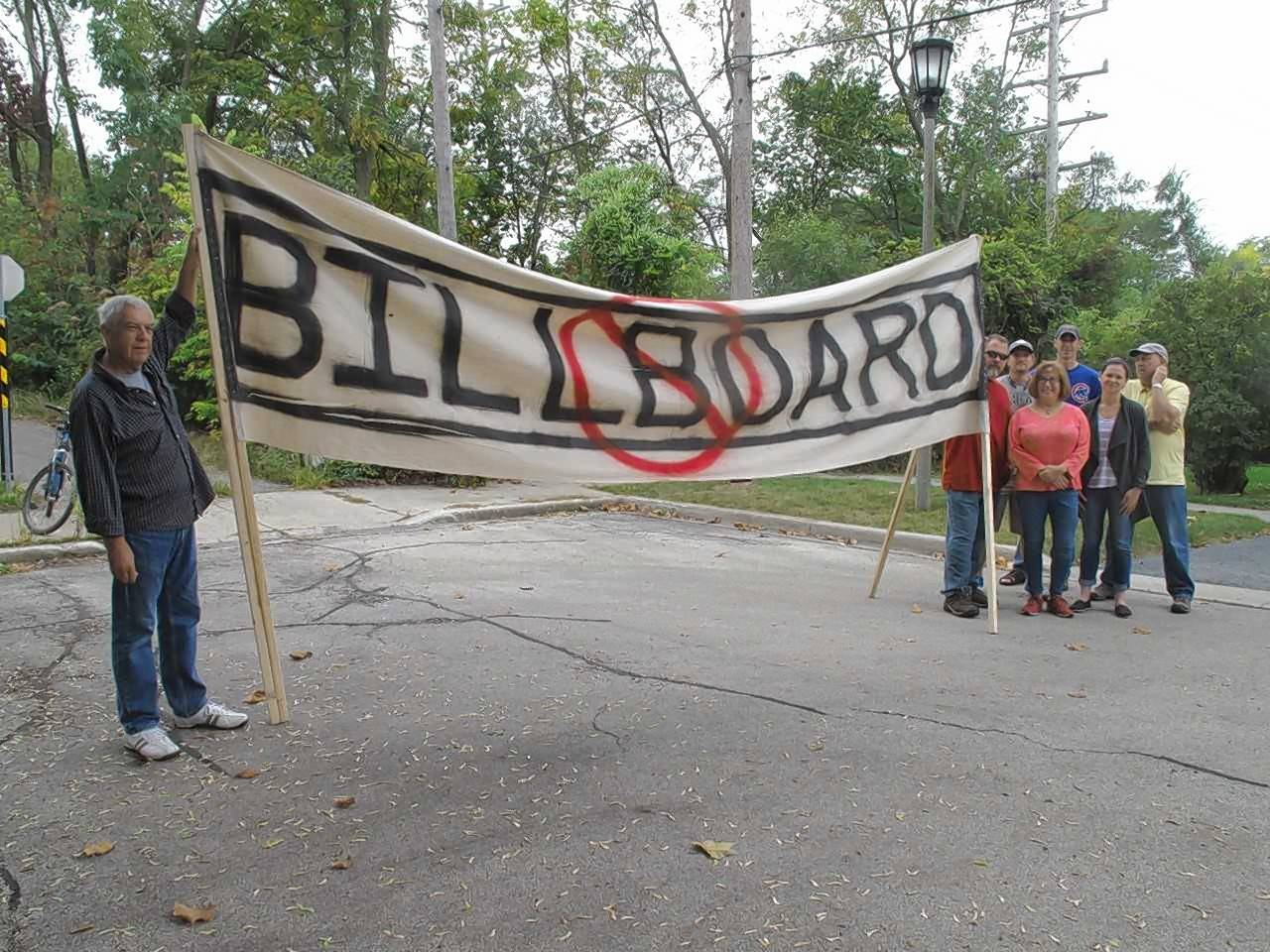 Lombard residents are fighting plans to install lighted billboards on Glenbard Wastewater Authority property, the source of a controversy that flared in the past week.