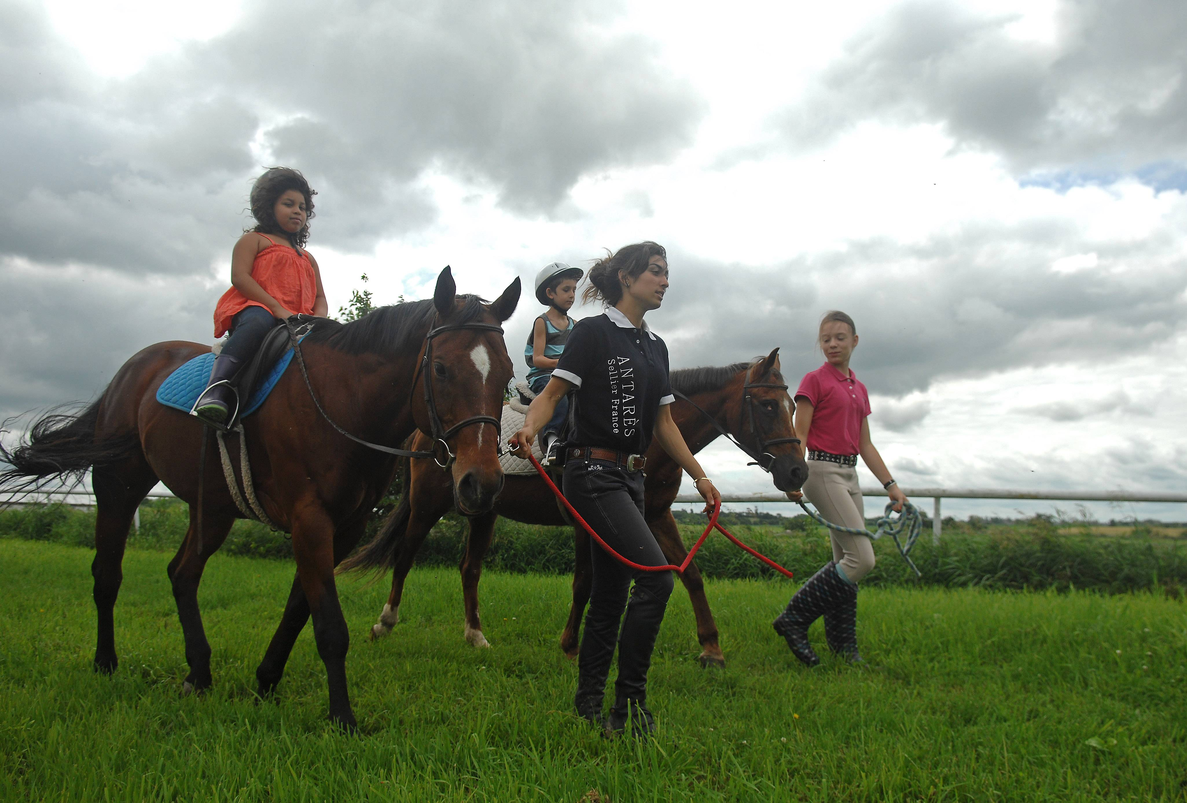 Tower Hill Stables in Hampshire offers guided trail rides that meander through fields, woods and scenic rolling hills.