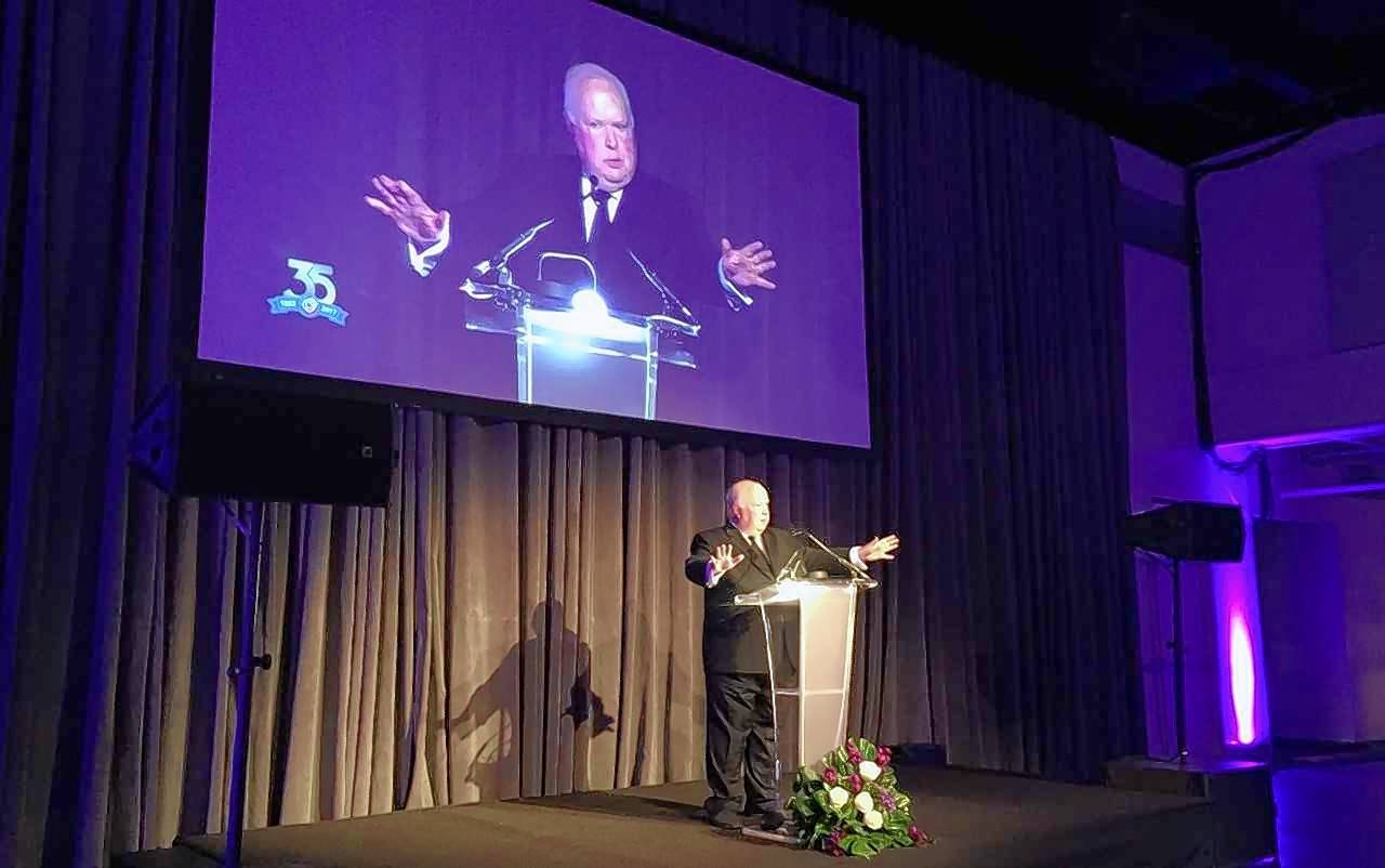 Bruce DuMont, founder of the Museum of Broadcast Communications, was feted at its 35th anniversary celebration.