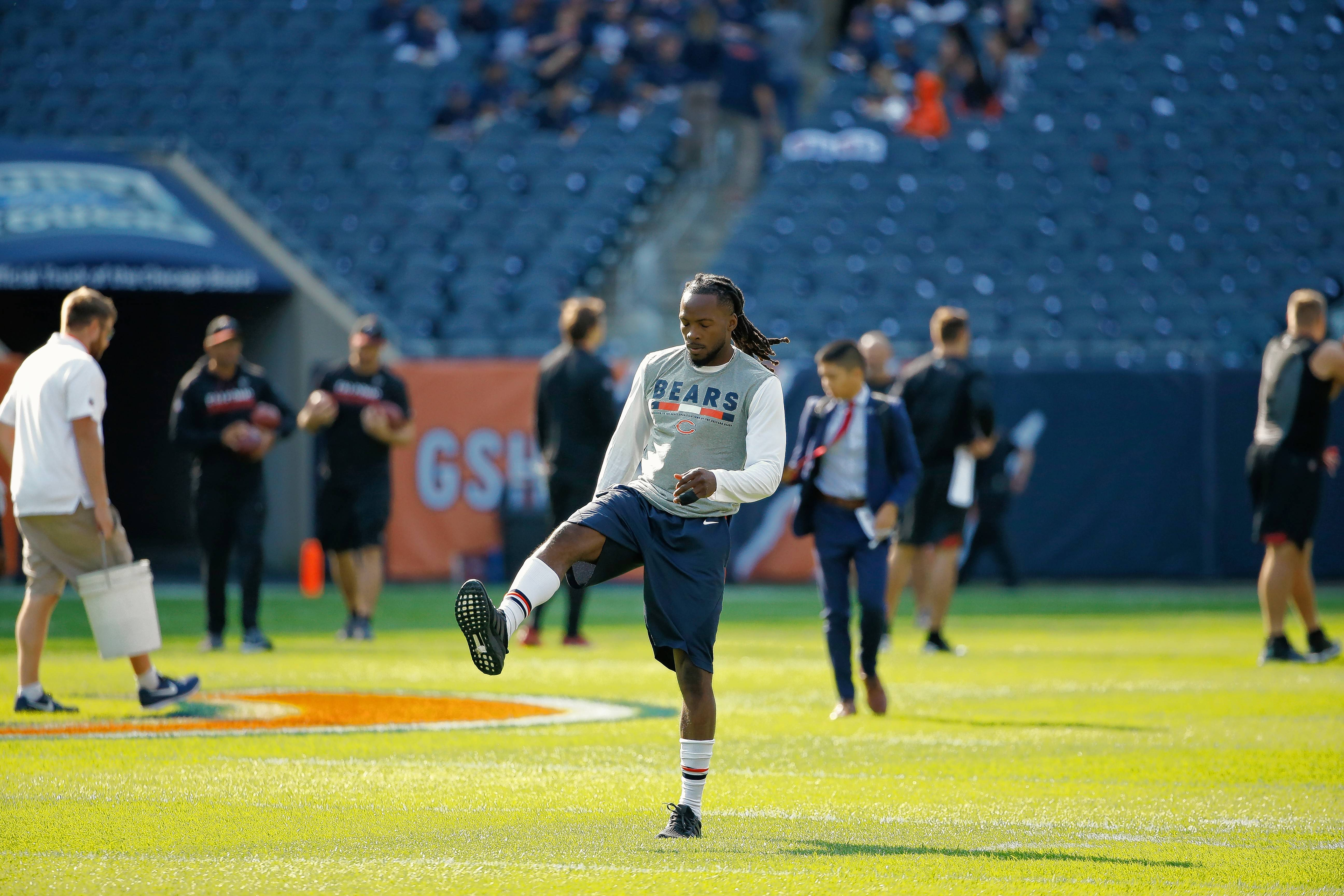 Chicago Bears wide receiver Markus Wheaton warms up before an NFL football game against the Atlanta Falcons, Sunday, Sept. 10, 2017, in Chicago. (AP Photo/Nam Y. Huh)