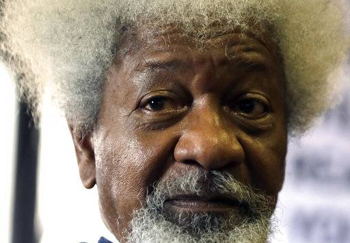 "In this Friday, Sept. 22, 2017 photo, Nigerian playwright and author Wole Soyinka, speaks during a media conference in Johannesburg, South Africa. Nobel laureate Soyinka says being an itinerant teacher has become ""a way of life"" as he takes up a post as visiting professor at the University of Johannesburg. (AP Photo/Themba Hadebe)"