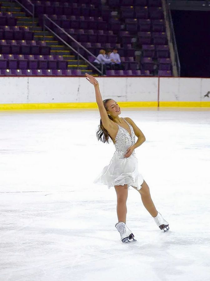 Megan Fee 17 Of Geneva Earned A Gold Medal In International Pattern Dance