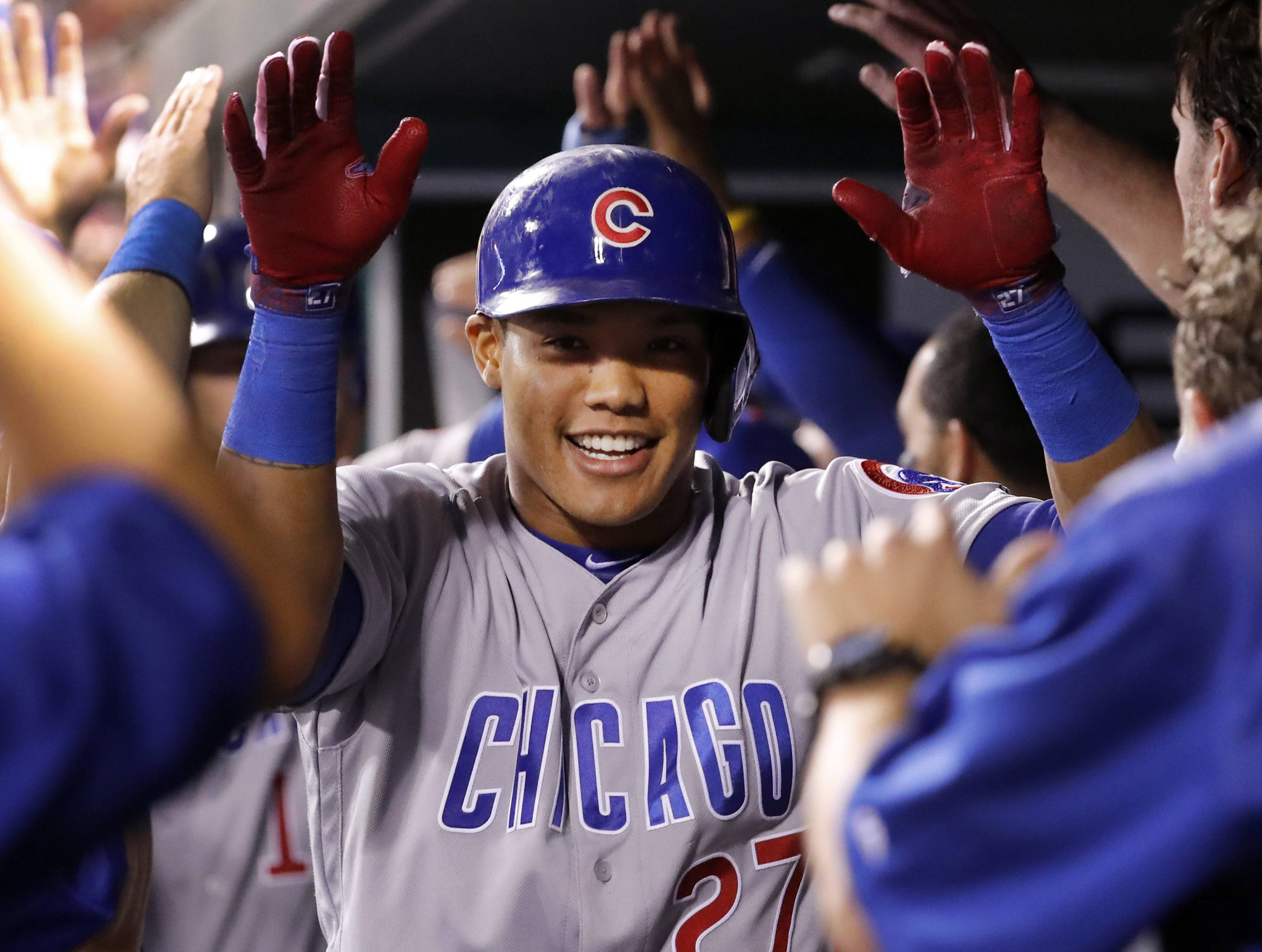 Cubs clinch division with win over Cardinals