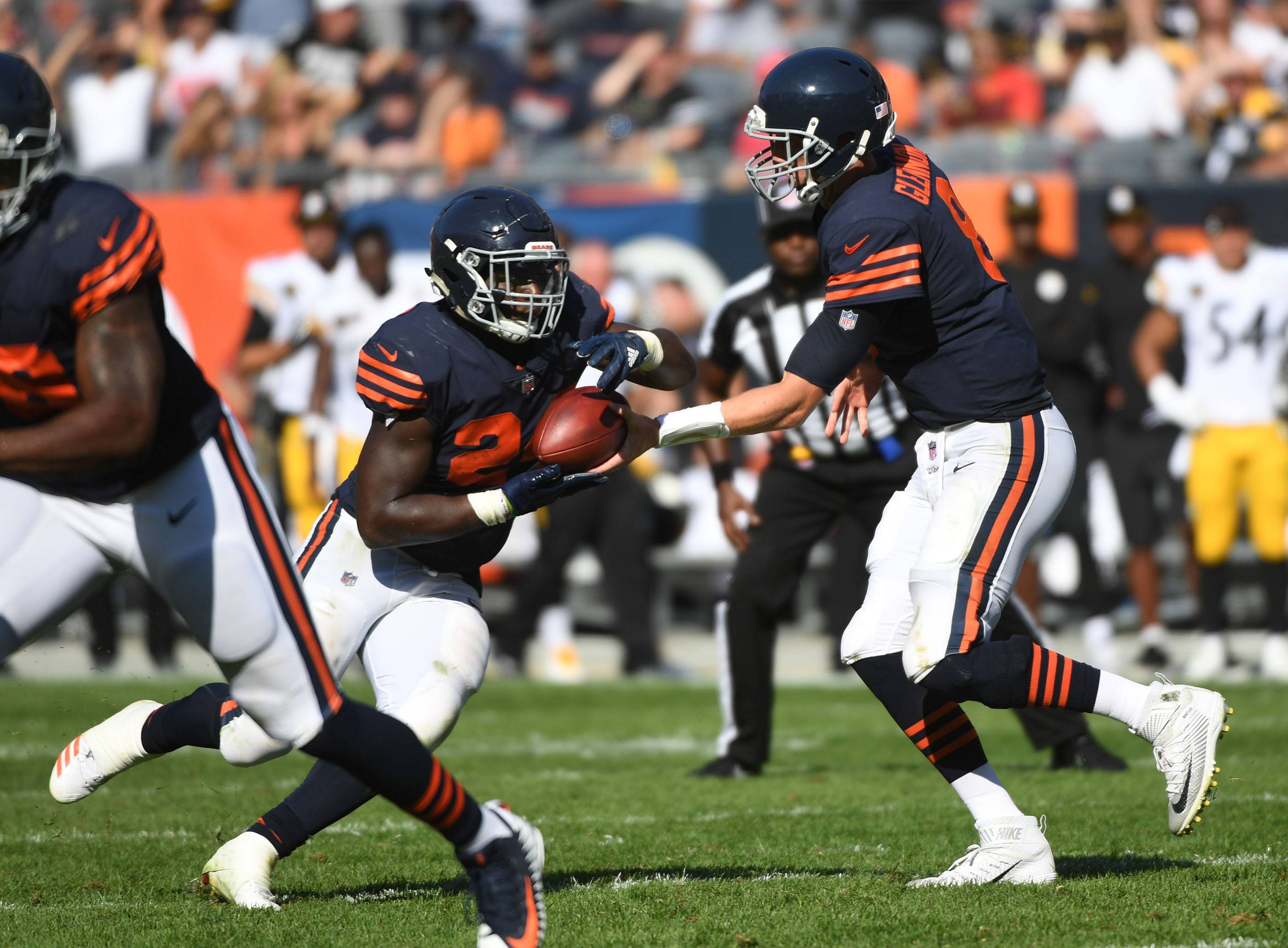 Will Chicago Bears' passing attack improve against Packers?