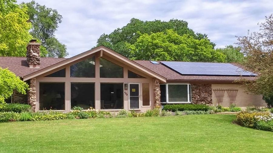 The town of Deer Park will be a part of the Illinois Solar Tour, showcasing a solar installation at 408 Bramble Lane. This close to 7 kilowatt solar photovoltaic system powers most of the home and supplies the energy needed to recharge an electric vehicle as well.