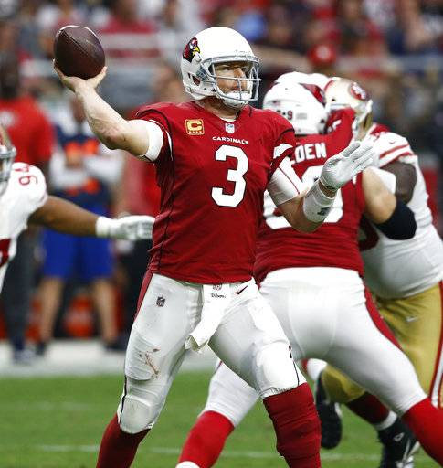 Arizona Cardinals quarterback Carson Palmer (3) throws against the San Francisco 49ers during the second half of an NFL football game, Sunday, Oct. 1, 2017, in Glendale, Ariz.