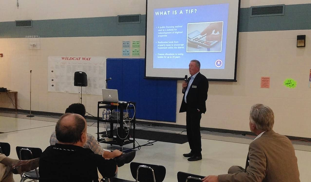 Palatine Township Elementary District 15 Superintendent Scott Thompson shares information on the proposed redevelopment of the Motorola Solutions campus and its potential financial impacts on the school district at a town hall meeting of the citizens group OurD15Voice at Carl Sandburg Junior High in Rolling Meadows Monday night.