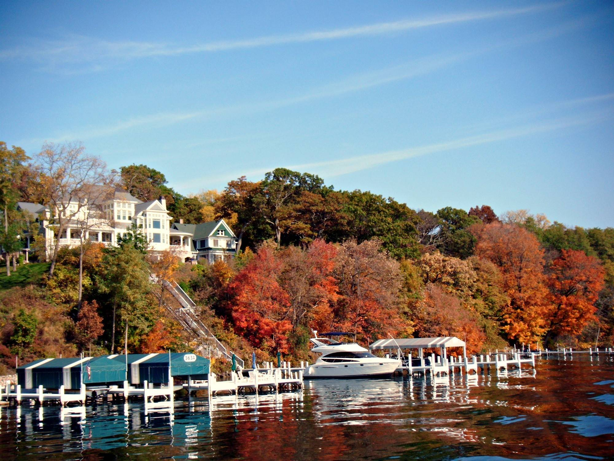 Lake Geneva's area resorts provide options for meetings, retreats and events of all sizes.