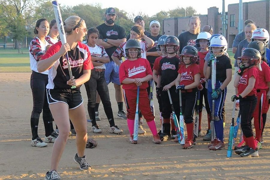 Sluggers Travel Softball holds successful player clinic