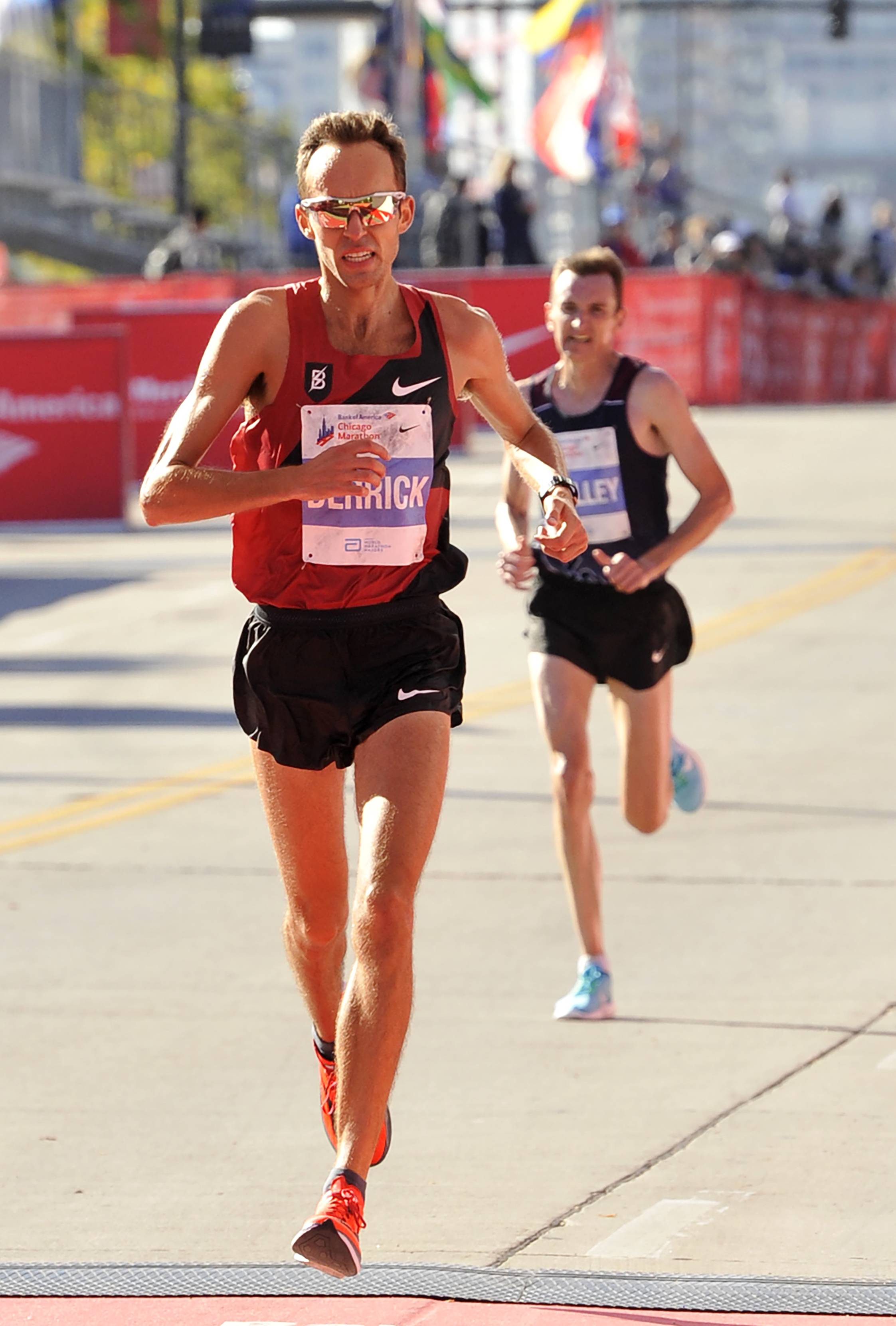Exceptional Former Naperville Resident Chris Derrick Finishes Ninth In Sundayu0027s Bank Of  America Chicago Marathon. Competing