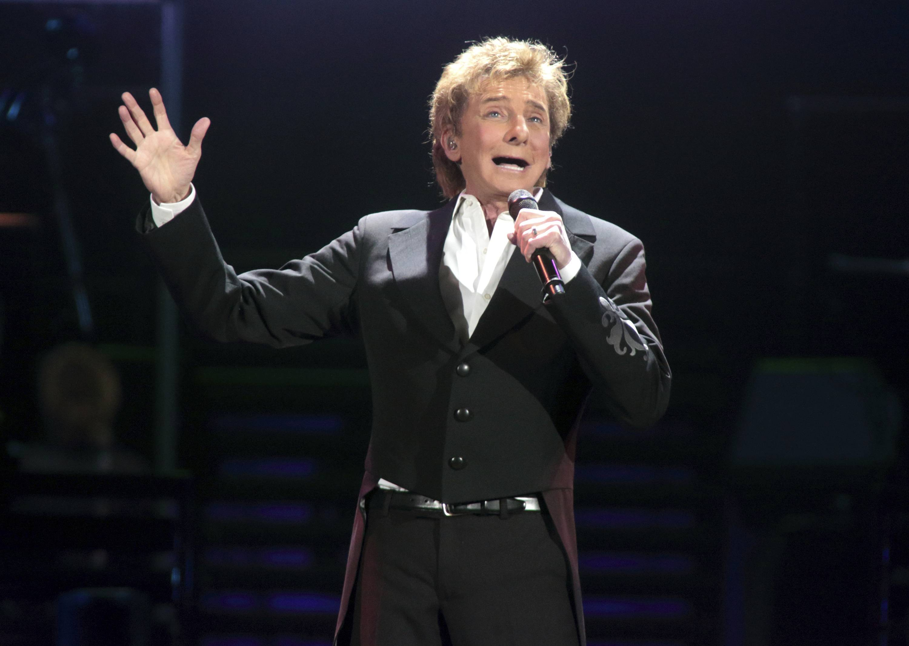 "Barry Manilow's ""A Very Barry Christmas"" tour plays 7:30 p.m. Tuesday, Dec. 5, at the Allstate Arena in Rosemont."