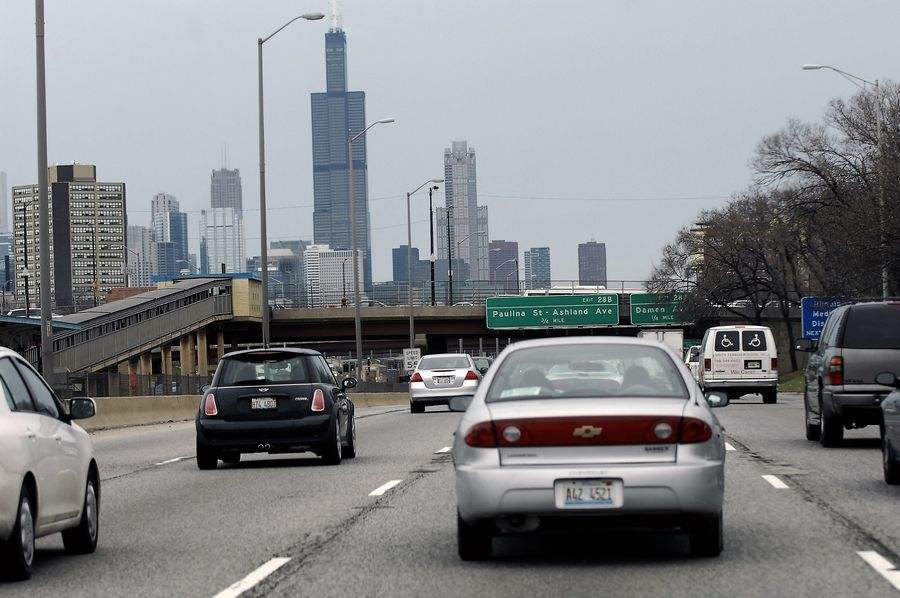 The Chicago Metropolitan Agency for Planning will release a plan in April to fix expressways that are clogged about 5½ hours each weekday.