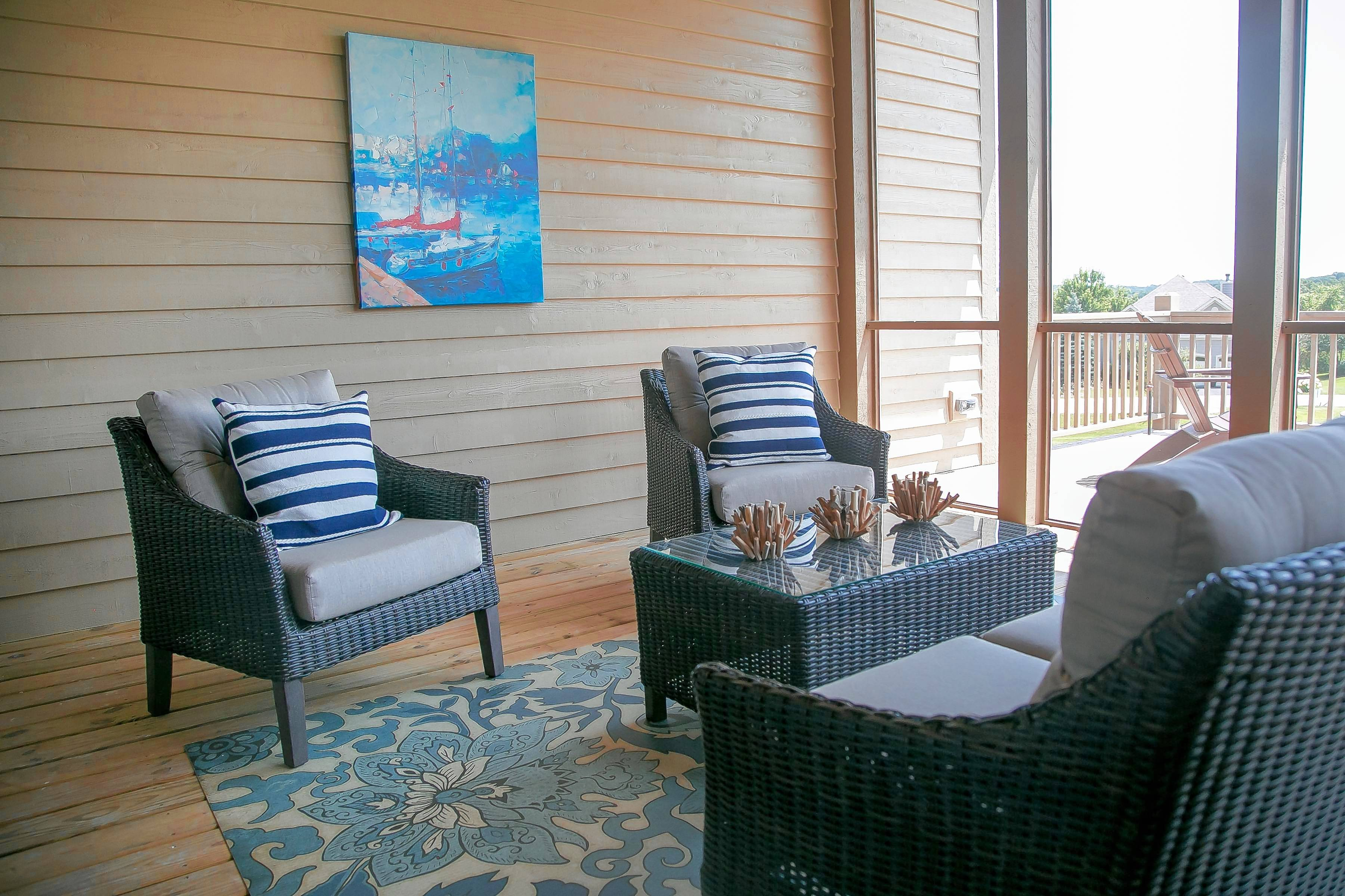 Whether it be a place to sip morning coffee or an evening reading nook, there's many ways to enjoy a screened-in porch at The Lakes of Boulder Ridge in Lake In The Hills.