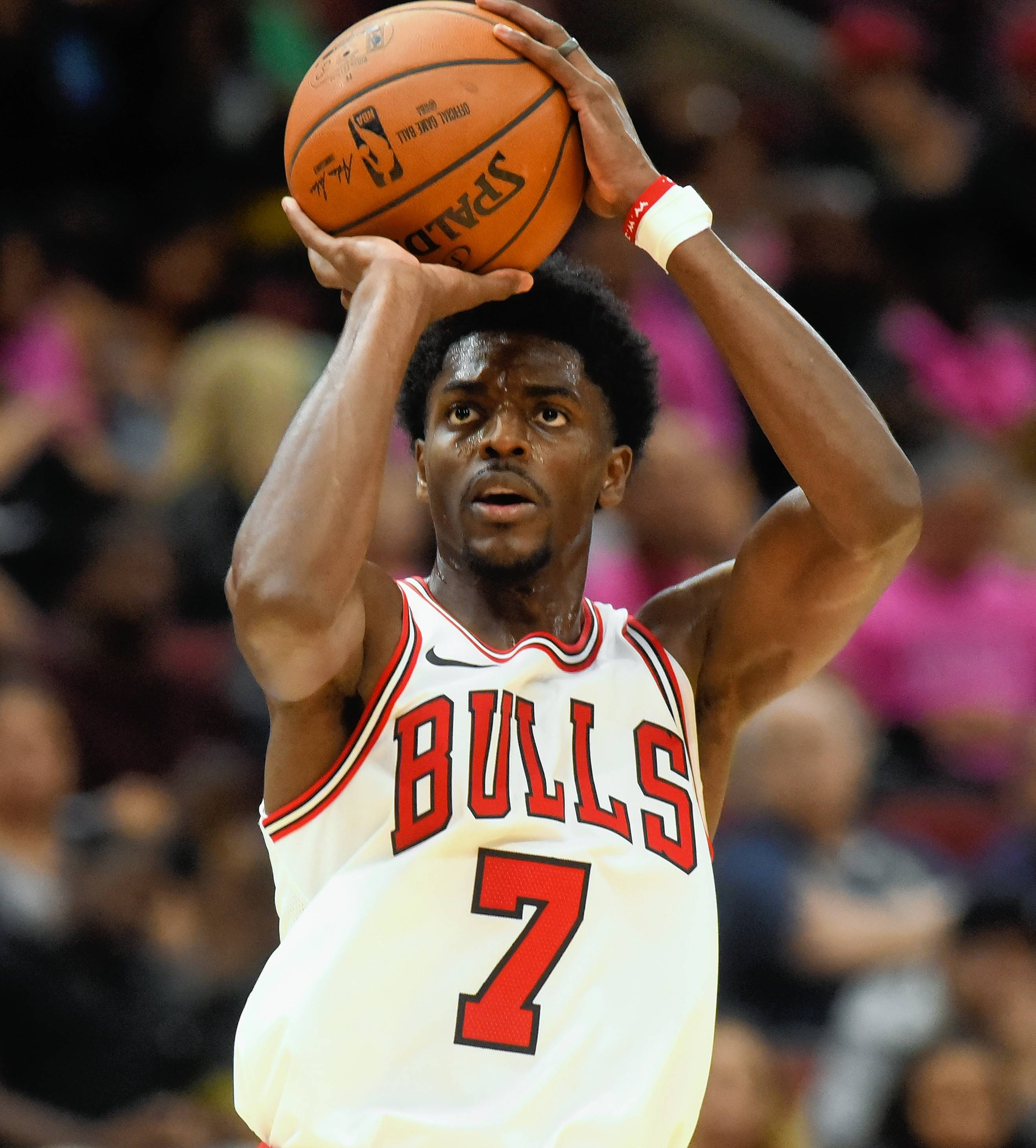 Chicago Bulls guard Justin Holiday average 17.2 points per game during the NBA preseason.