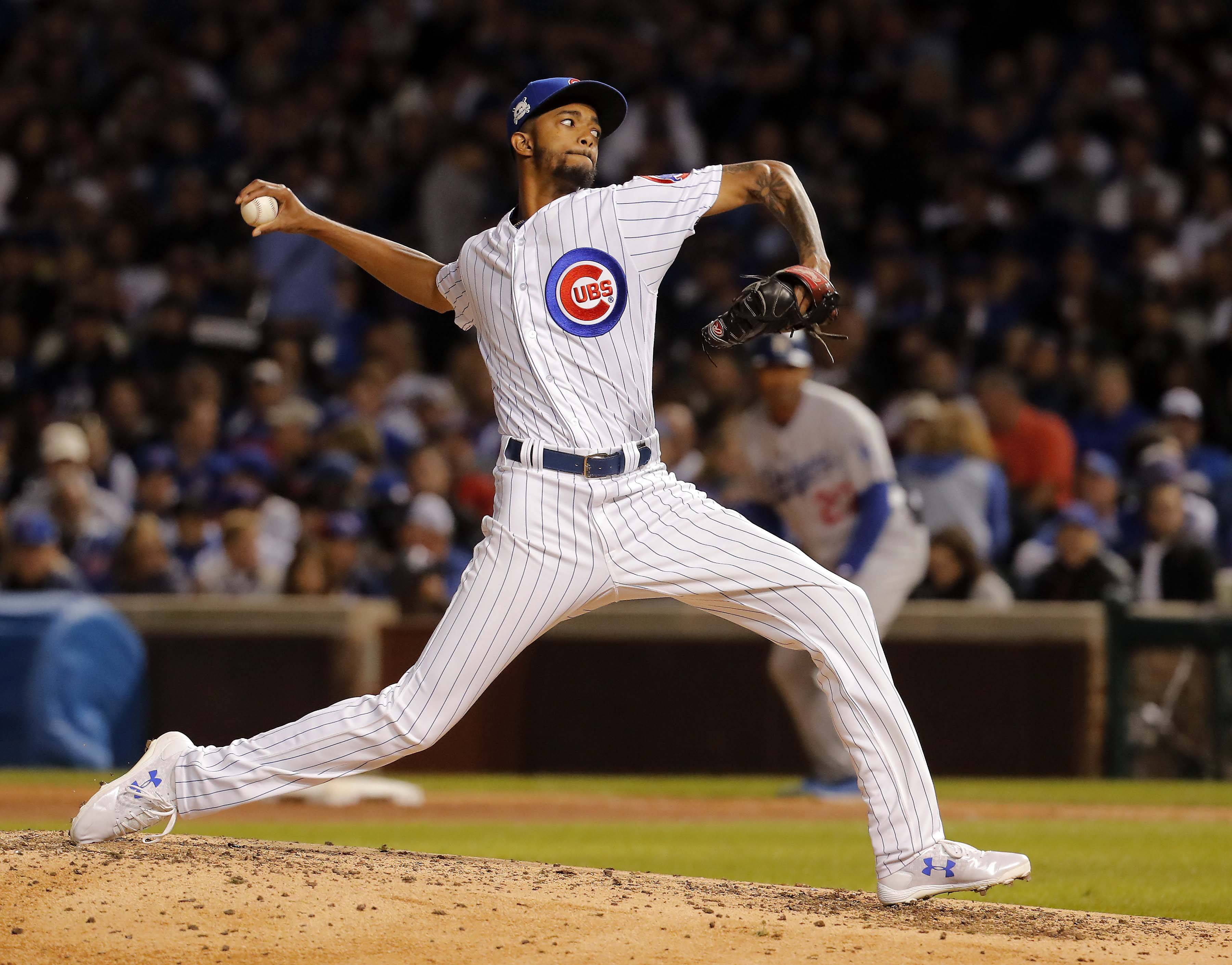 Chicago Cubs relief pitcher Carl Edwards Jr. (6) throws in the sixth inning during Game 3 of the National League Championship Series, Oct, 17 2017, at Wrigley Field in Chicago.