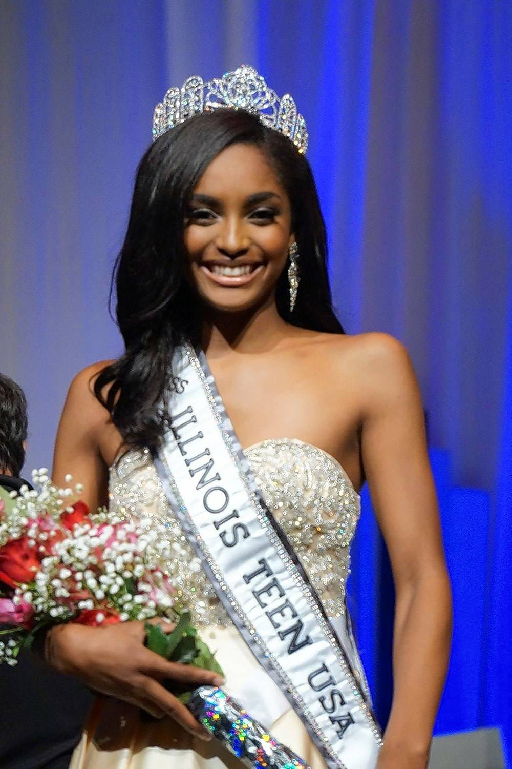 Sydni Dion Bennett, 16, of Algonquin was crowned the winner of the Miss Illinois Teen pageant last month.