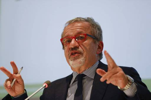 Lombardy Region President, Northern League's Roberto Maroni speaks during a press conference at the Lombardy Region headquarters, in Milan, Italy, Sunday, Oct. 22, 2017. Voters in the wealthy northern Italian regions of Lombardy and Veneto went to the polls for a non-biding referendum over the question if they want to seek greater autonomy from Rome, riding a tide of self-determination that is sweeping global politics. Both regions are run by the anti-migrant, anti-Europe Northern League, whose leaders claim victory in the autonomy votes that seek to take powers, tax revenue from Rome. (AP Photo/Luca Bruno)