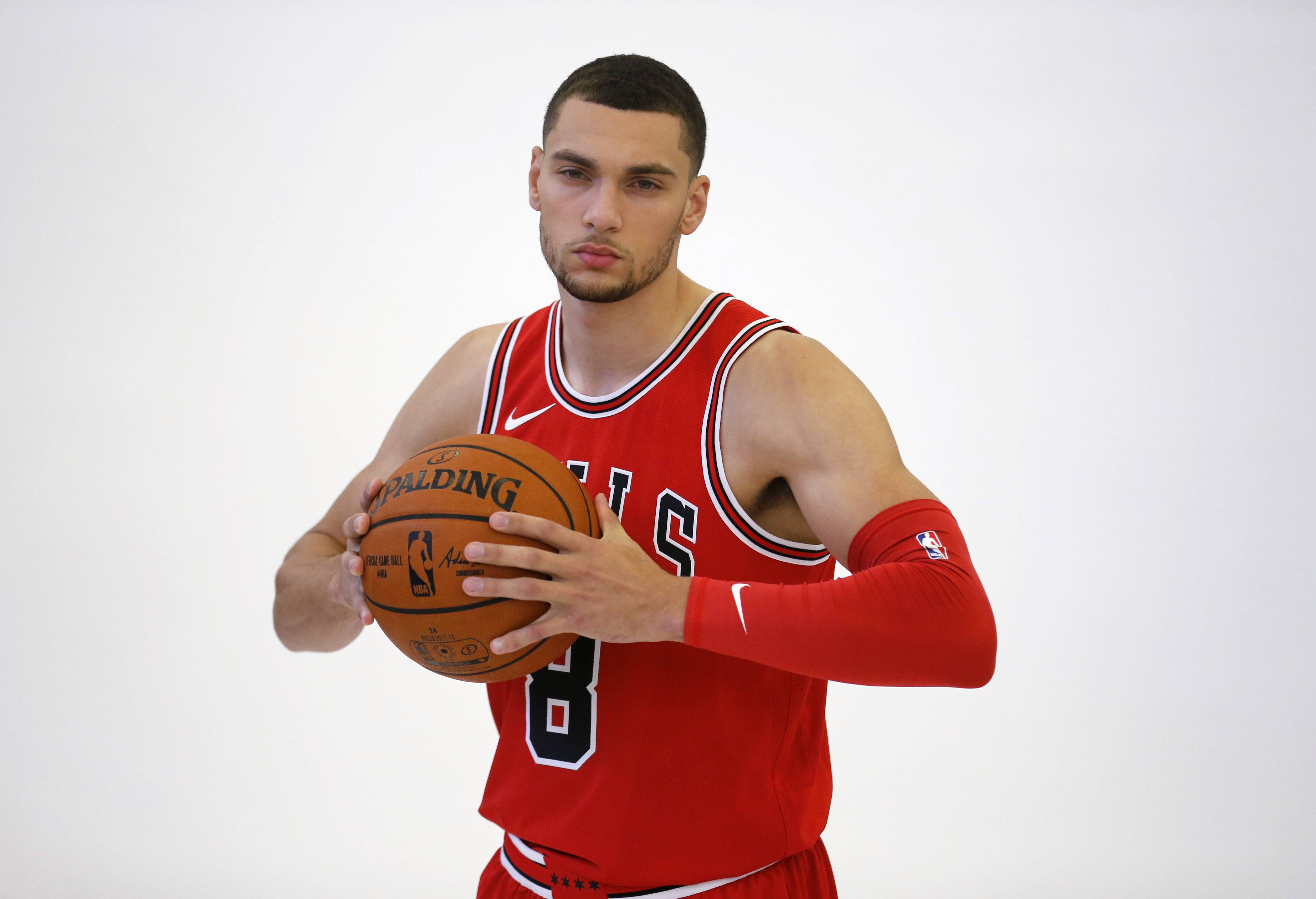 Chicago Bulls' Zach LaVine poses for a portrait during media day for the NBA basketball team Monday, Sept. 25, 2017, in Chicago. (AP Photo/Charles Rex Arbogast)