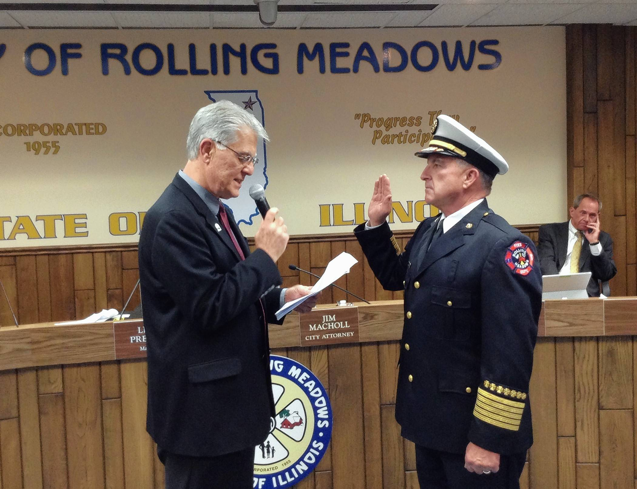 New Rolling Meadows fire chief sworn in