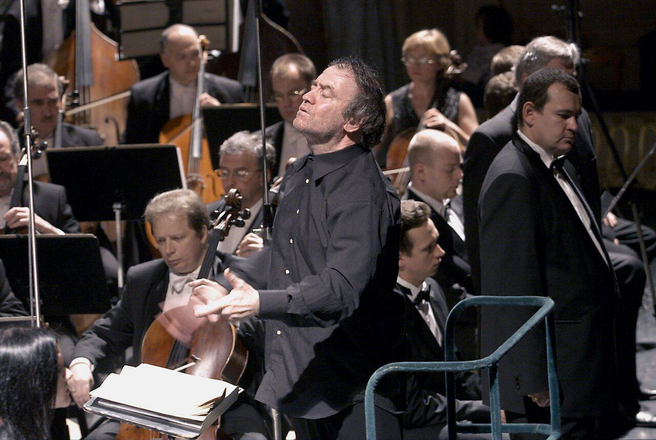 Maestro Valery Gergiev, Artistic and General Director of the St. Petersburg-based Mariinsky Orchestra, will light up Chicago with the brilliant performance of his orchestra featuring internationally acclaimed Russian pianist Denis Matsuev.Courtesy of Chicago Symphony Orchestra