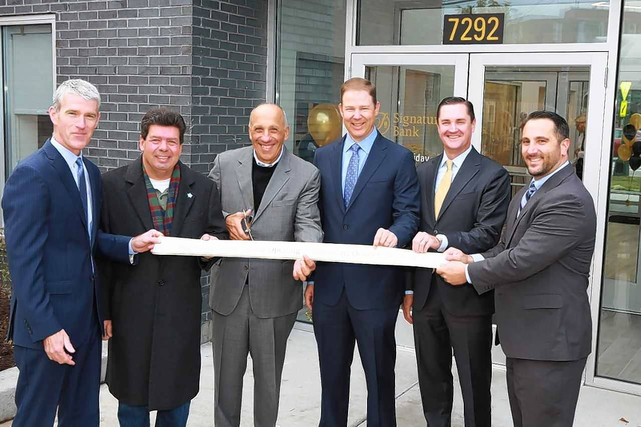 "Taking part in the grand opening were Michael G. ""Mick"" O'Rourke, Signature Bank president & CEO; State Rep. Michael McCauliffe; Len Caronia, chairman of the Signature Bank board of directors; Bryan Duncan and Kevin Bastuga, Signature Bank co-founders & executive vice presidents and Alderman Anthony Napolitano of the 41st Ward."