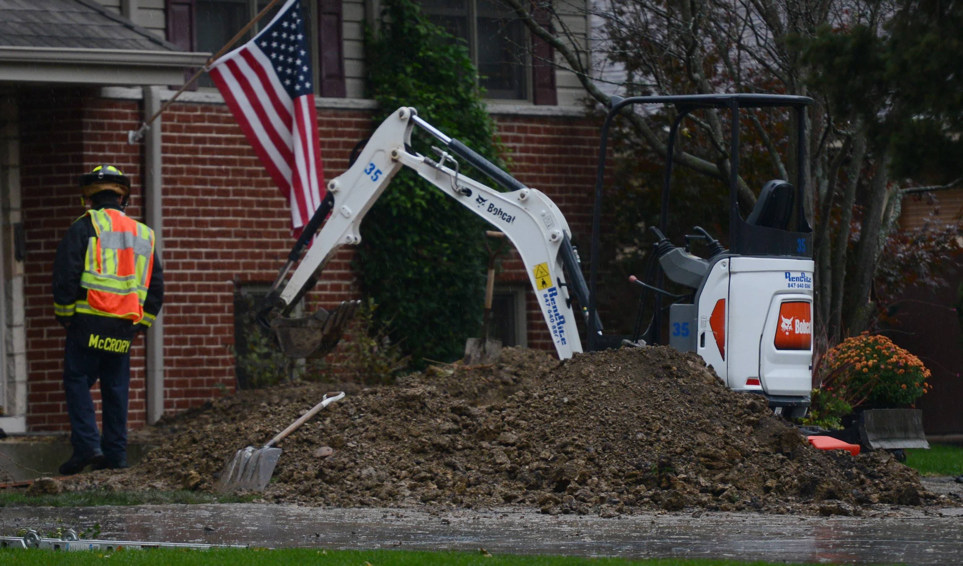 Worker rescued from trench in Mount Prospect