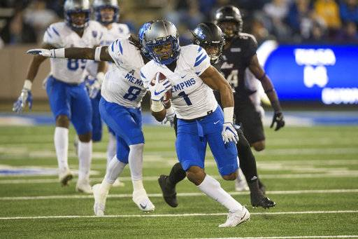 Memphis running back Tony Pollard (1) runs back a kickoff for an apparent touchdown but was called back for a penalty during an NCAA college football game against Tulsa in Tulsa, Okla., Friday, Nov. 3, 2017. (Brett Rojo/Tulsa World via AP)