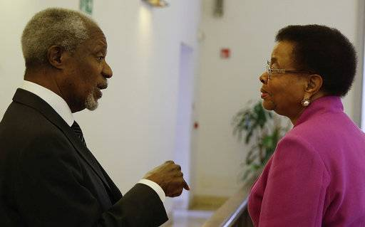Mandela's widow Graca Machel meets former U.N. Secretary General Kofi Annan during the Global Nutrition Summit at Palazzo Reale, in Milan, Italy, Saturday, Nov. 4, 2017. Kofi Annan and Graca Machel are addressing a summit on the global crisis of malnutrition that is an underlying cause of half of child deaths.