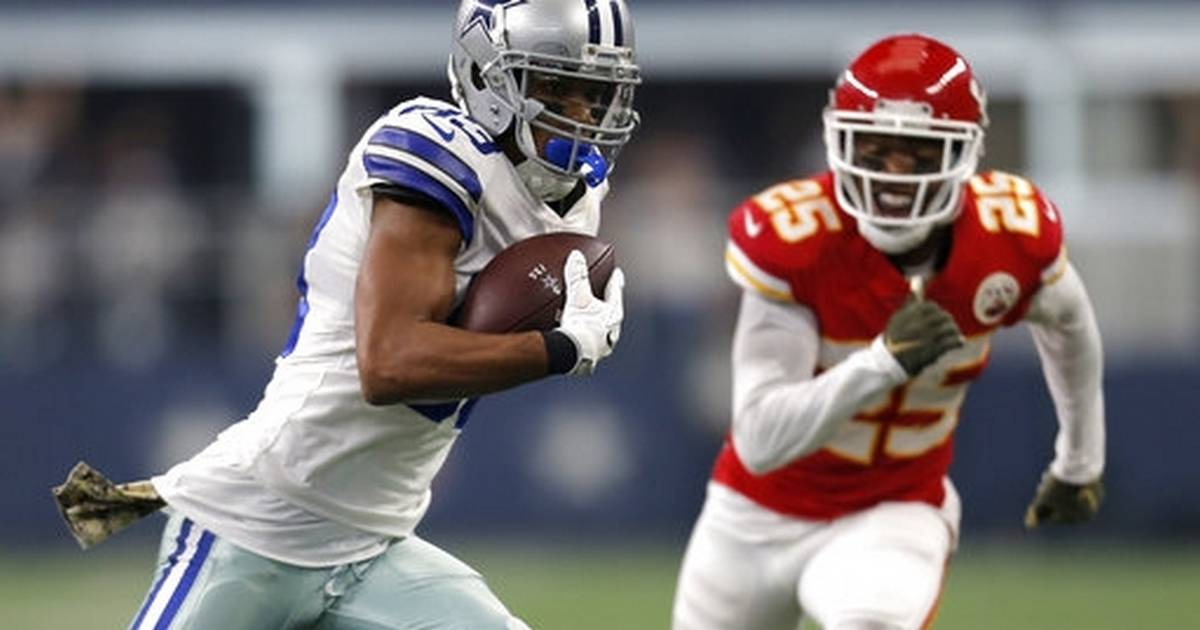 0d50e6bea Elliott helps Cowboys top Chiefs