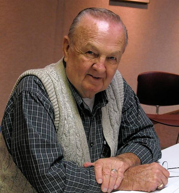 Longtime St. Charles Public Library board member Norman Huntley recently passed away.