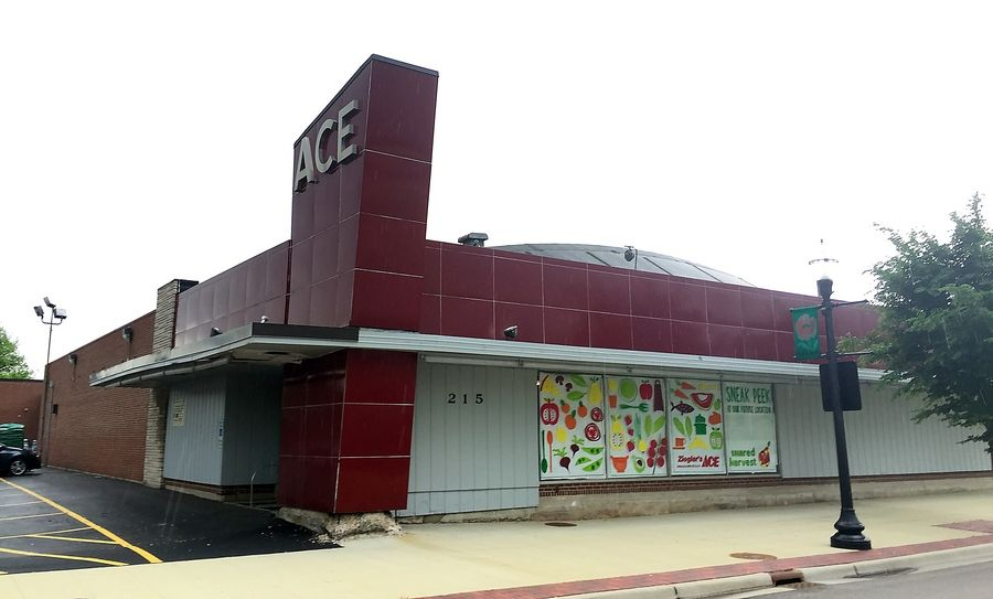 Shared Harvest food co-op will not open in the Ziegler's Ace hardware store building at 215 Spring St. in Elgin. The co-op is inviting shareholders and the public to a meeting Nov. 13 to discuss options.
