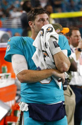 Miami Dolphins quarterback Jay Cutler (6) looks up from the sidelines during the last moments of the second half of an NFL football game against the Oakland Raiders, Sunday, Nov. 5, 2017, in Miami Gardens, Fla. The Raiders defeated the Dolphins 27-24.