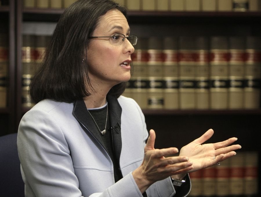 Illinois Attorney General Lisa Madigan's public access bureau handled 4,720 requests last year from people seeking access to public records or meetings.
