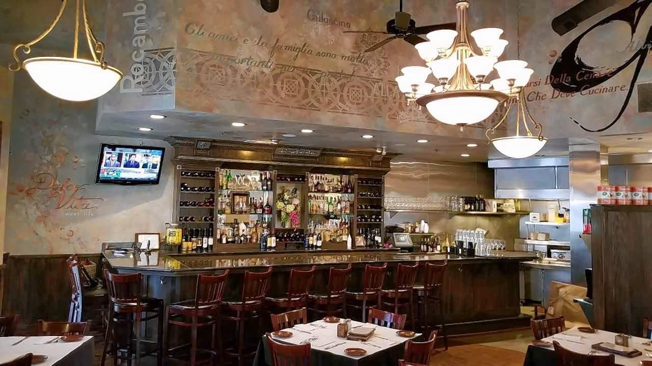 Bar And Kitchen Sweet Afton Bar And Kitchen Bar Tenders Serve Drinks At Jade Buddha Bar And