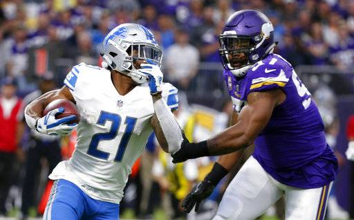 "FILE - In this Oct. 1, 2017, file photo, Detroit Lions running back Ameer Abdullah, left, runs from Minnesota Vikings defensive end Everson Griffen during the first half of an NFL football game in Minneapolis. To hear Abdullah tell it, the winless Cleveland Browns might as well be Super Bowl contenders. ""They're a really good team, statistically. Go look them up defensively,� said Abdullah, whose Lions face the Browns this weekend."