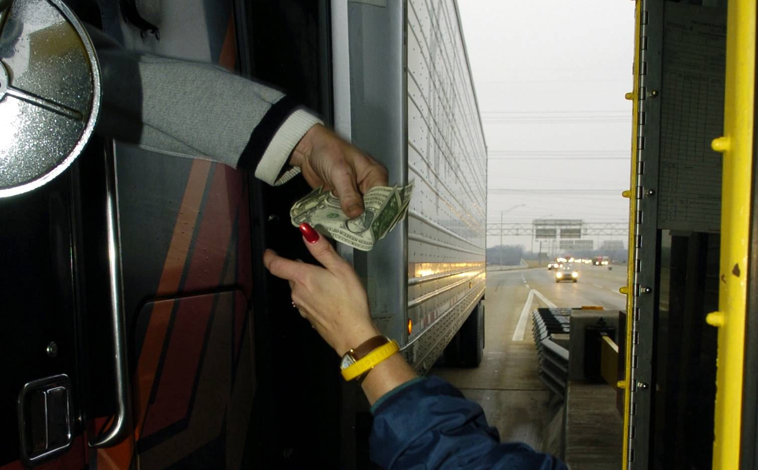 The tollway's budget plan for 2018 would include fewer toll collector positions.