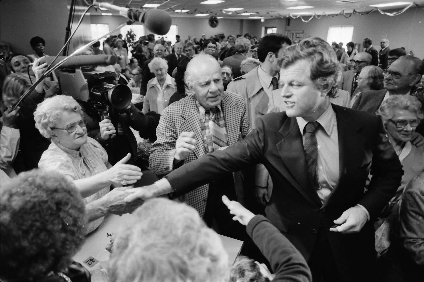 Ted Kennedy makes a visit to Chicago and greets supporters.
