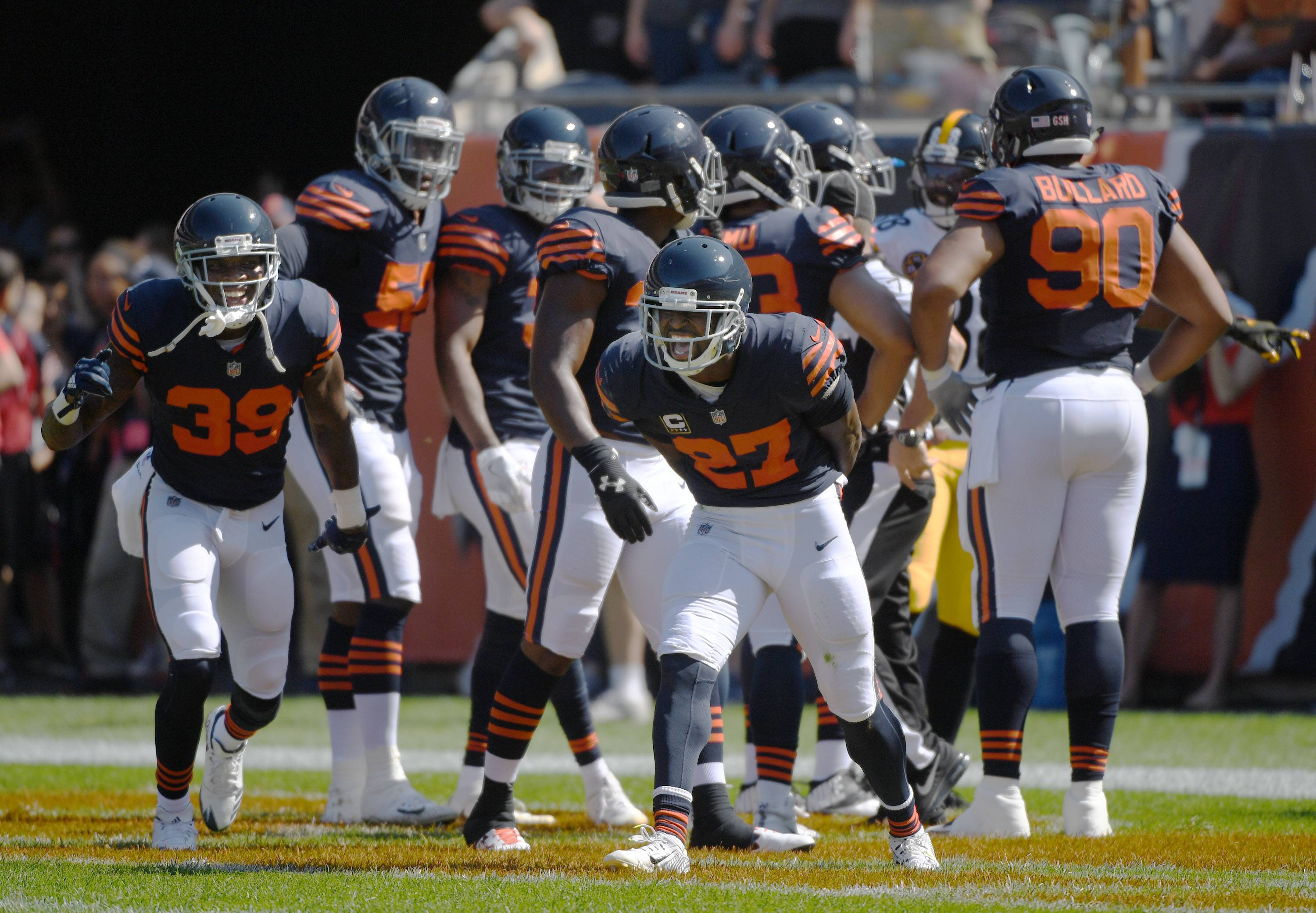 John Starks/jstarks@dailyherald.com Chicago Bears cornerback Sherrick McManis reacts after teammate Marcus Cooper scored a touchdown to start overtime against the Pittsburgh Steelers Sunday at Soldier Field in Chicago. The run was called back because official ruled he stepped out of bounds but the Bears scored minute later to win.