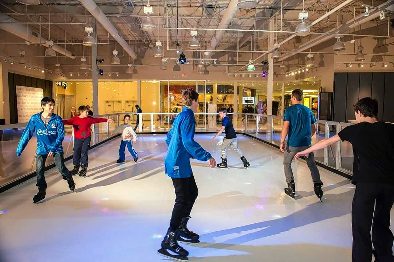 Synthetic ice rink opens at Hawthorn Mall
