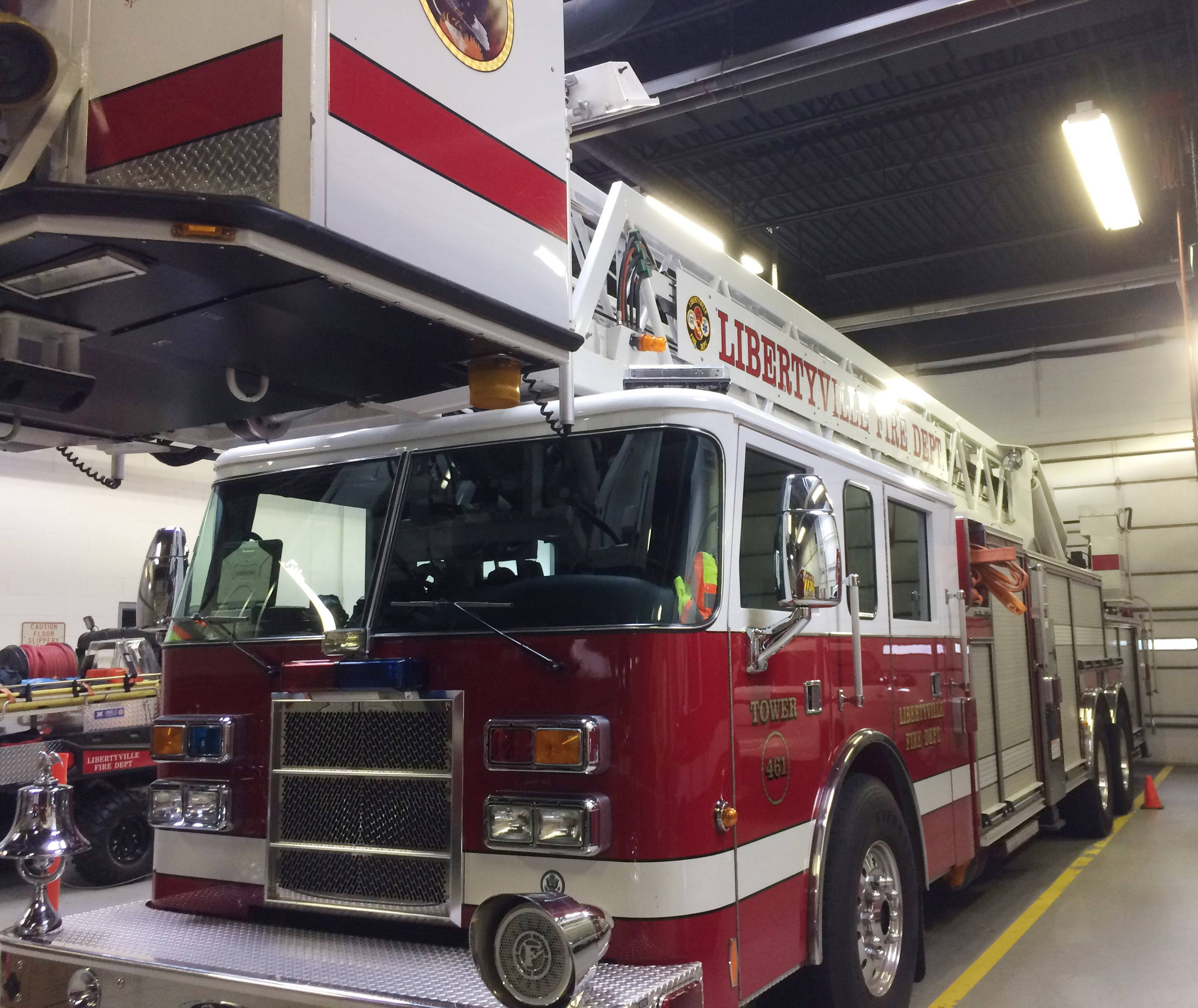 Libertyville and Mundelein have approved an agreement that would provide for sharing a ladder fire truck.