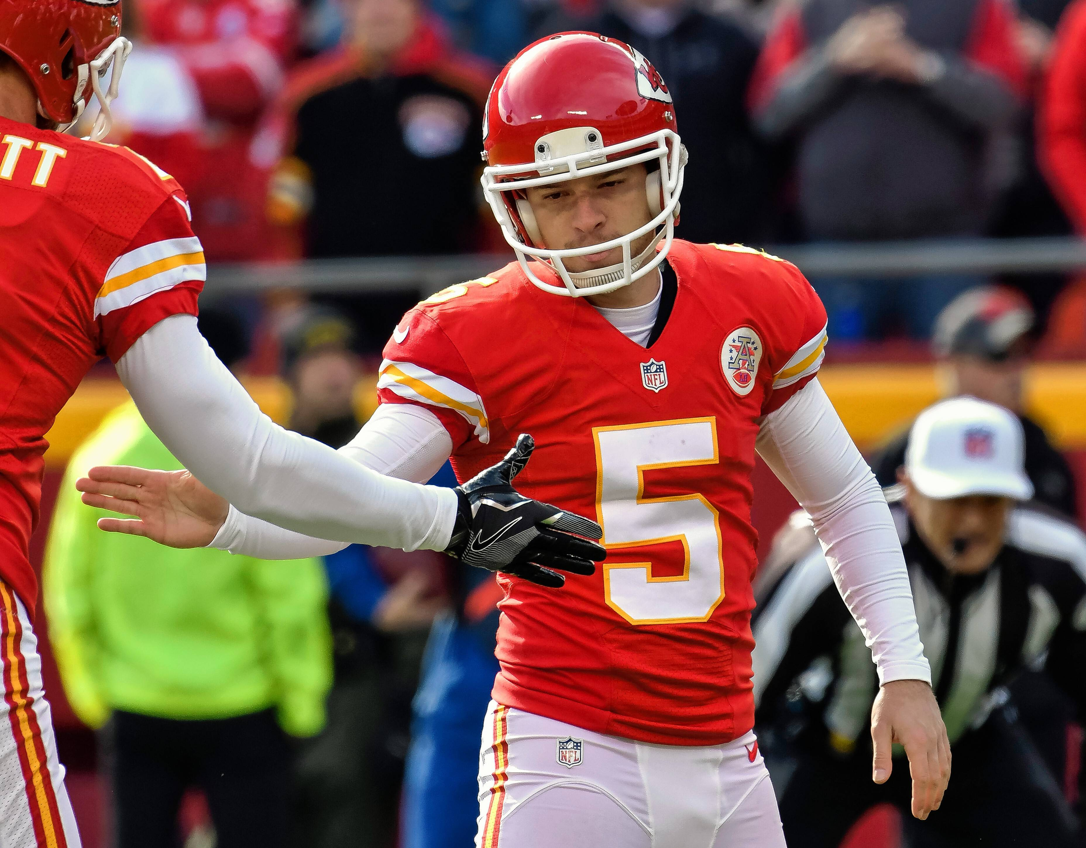 Chicago Bears kick Barth to the curb, sign Cairo Santos