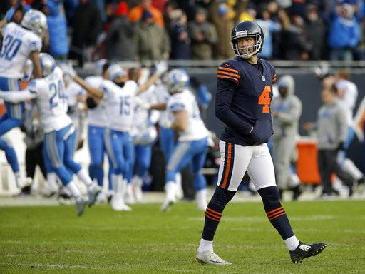 Chicago Bears kicker Connor Barth (4) reacts after missing the field goal during the second half of an NFL football game against the Detroit Lions, Sunday, Nov. 19, 2017, in Chicago.
