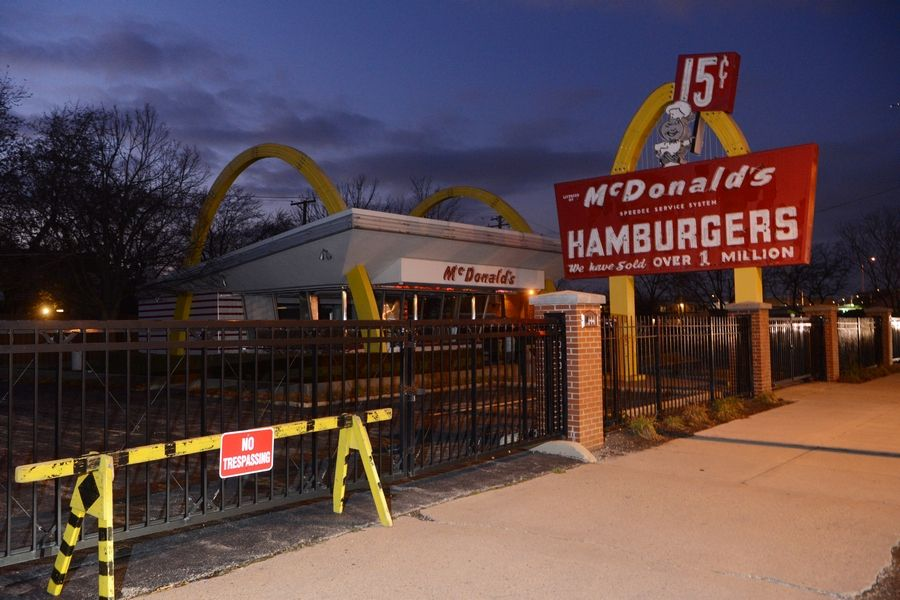 McDonald's plans to demolish its Des Plaines replica restaurant, which has led the Des Plaines History Center and others to call for the site to remain intact.