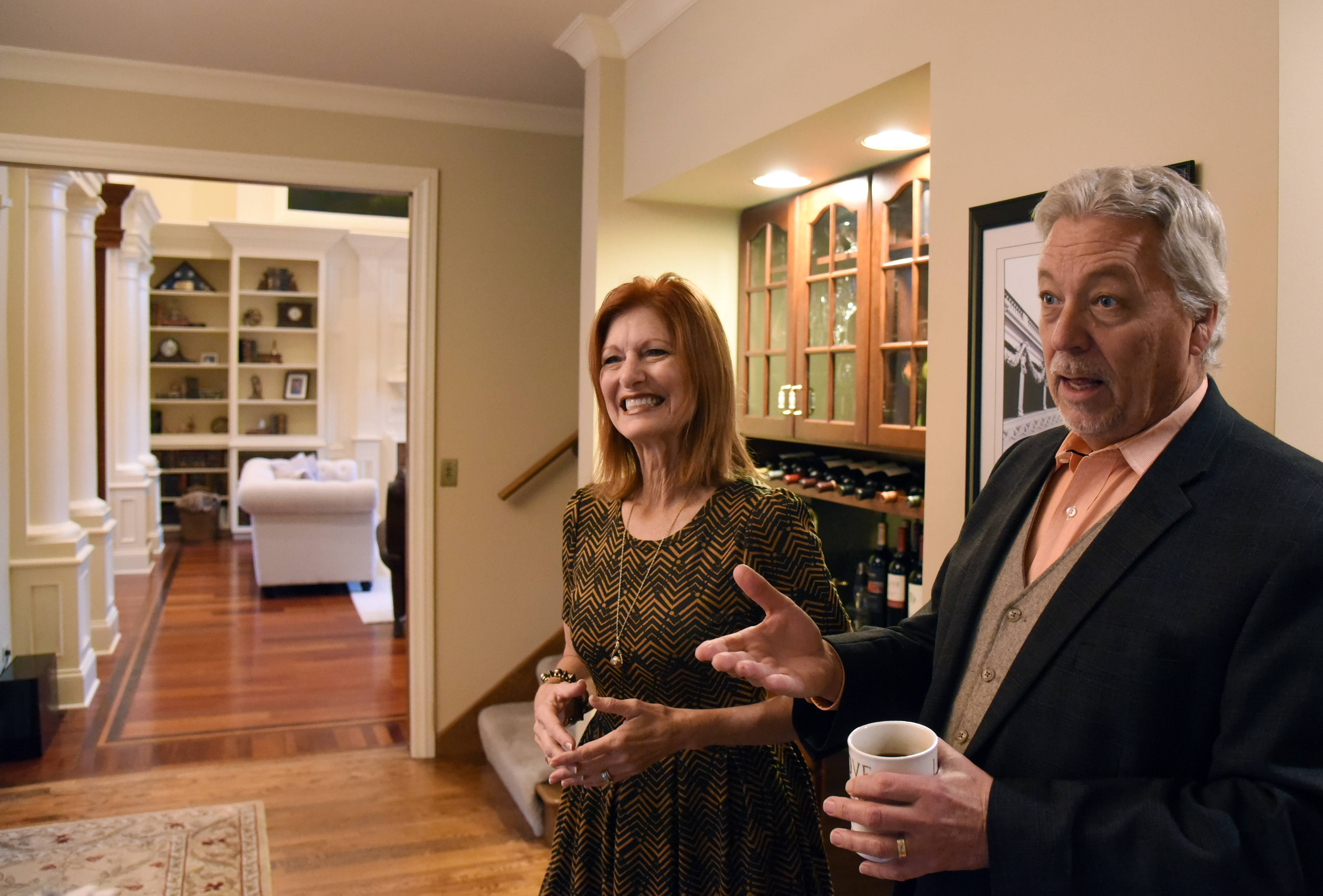 Janine and Mike Callahan live the mansion life as they occupy homes that are awaiting sale. The trade-off is they have to furnish the houses and keep them clean and ready to show.