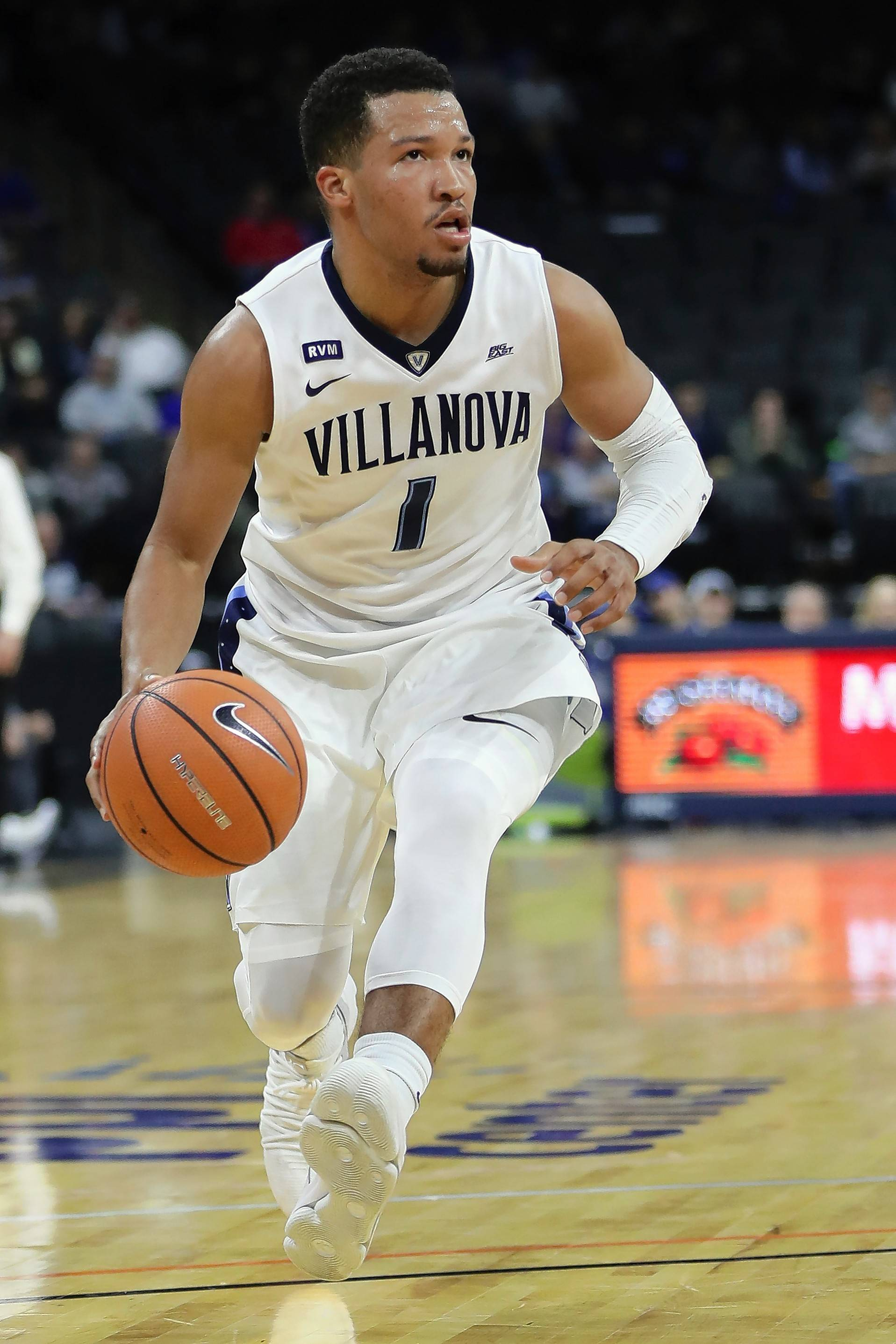 Villanova's Jalen Brunson, a native of Lincolnshire, was named tournament MVP at the Battle 4 Atlantis. His team is 6-0 and ranked No. 4 in the country.